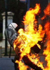 greece-riots-athens-dec2008