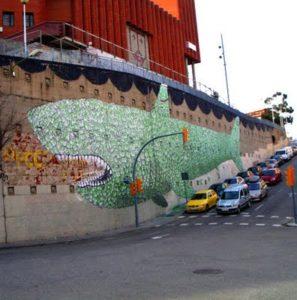 Arte-Blu-blu-tiburon-de-billetes-barcelona