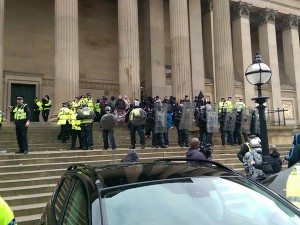 liverpool-police-protect