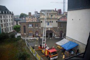 2016-05-13_Rennes_Maisondupeuple_expulsion-pompiersaussi
